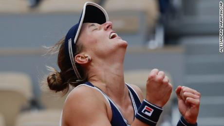 Nadia Podoroska สร้างประวัติศาสตร์ด้วยการชนะการแข่งขันรอบรองชนะเลิศที่ French Open