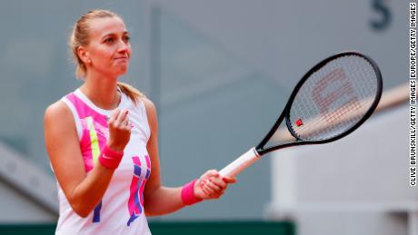 Kvitova ฉลองชัยชนะของเธอกับ Laura Siegemund