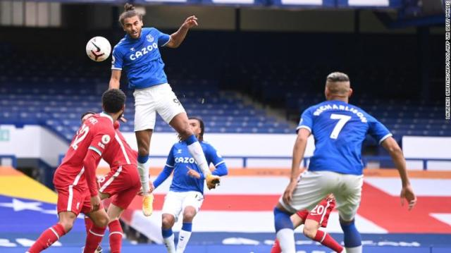 Dominic Calvert-Lewin scores Everton's equalizer late in the game.