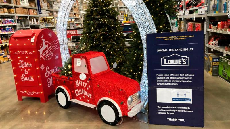 Lowe's will deliver your Christmas tree for free this year