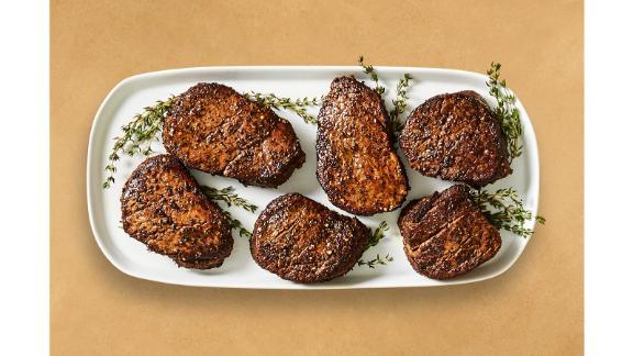 HelloFresh Peppercorn-Crusted Beef Tenderloin