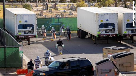 El Paso inmates volunteer to transport bodies of Covid-19 victims at a medical examiner's office