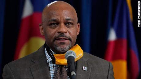 Denver mayor apologizes for Thanksgiving travel plan
