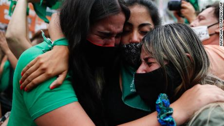 Argentina's abortion bill is backed by lower house of Congress