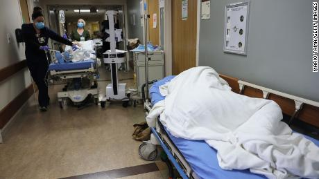 Oxygen supply issues forced five Los Angeles-area hospitals to declare internal disaster & # 39;