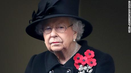 Queen Elizabeth and the Duke of Edinburgh receive the Covid-19 vaccine
