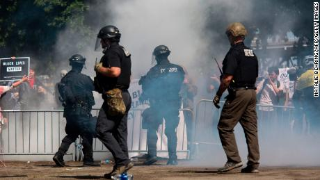 Police have different answers that this is a leftist protest, the study found