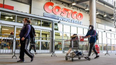 Costco's (finally) test of curbside pick-up for groceries