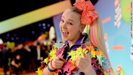 JoJo Siwa says her 'perfect' girlfriend encouraged her to come out