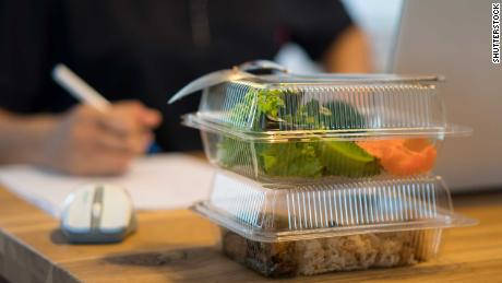 You're off to a good start with a salad for lunch. But try getting away from your desk to eat your midday meal.