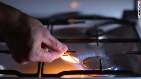 How to avoid carbon monoxide poisoning while trying to stay warm during a power outage