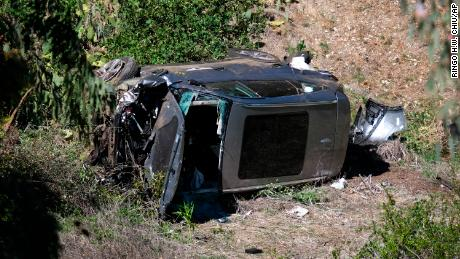 Tiger Woods & # 39;  the vehicle rests on its side after Tuesday's rollover accident.