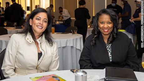 Clemmie Perry (right) and WOCG Advisory Board member Vasti Amaro (left).