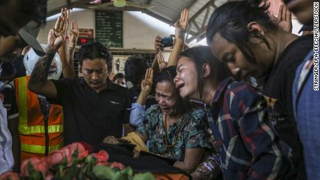 On March 14, the 21-year-old, who was martyred in anti-coup demonstrations in Mandalay, Myanmar, was responded to by relatives and friends during the funeral of Saw Pyi Ning.
