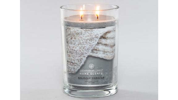 Home Scents by Chesapeake Bay Snuggly Sweater Candle
