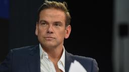 Lachlan Murdoch dismisses Anti-Defamation League complaint, says Fox sees no problem with Tucker Carlson's 'replacement theory' remarks 2