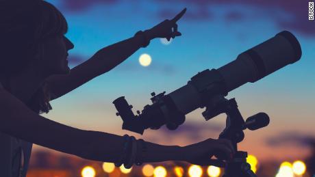 A beginner's guide to stargazing (CNN Underscored)