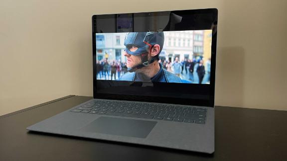 210416103952 surface laptop 4 display live video