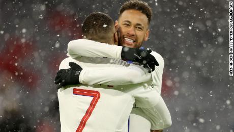 Mbappé and Neymar celerbate against Bayern Munich.