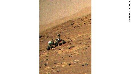 A zoomed-in view provides a better look at the rover.