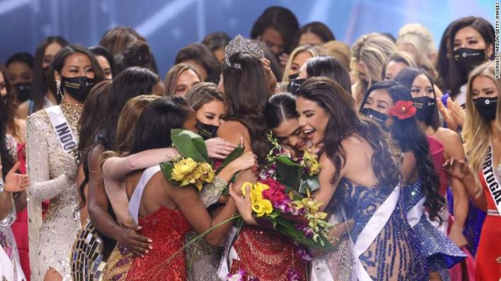 Miss Mexico Andrea Meza is crowned Miss Universe onstage.