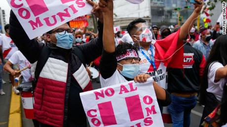 """Fujimori supporters have symbols on their hands that """"not communism"""""""