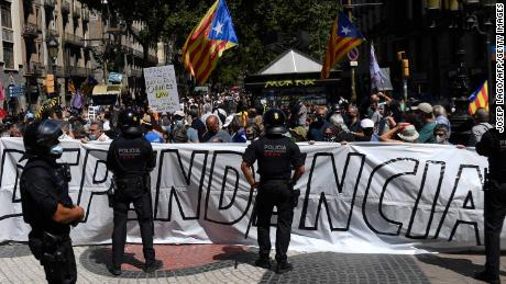 Pro-independence protesters outside Barcelona's opera house on Monday.