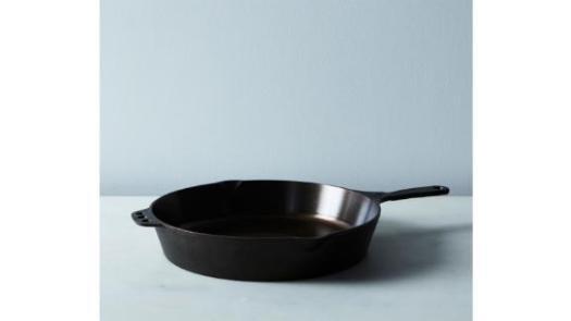 Smithey Cast Iron Cookware No. 12