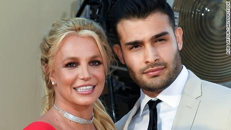 """Britney Spears and Sam Asghari at the """"Once Upon a Time in Hollywood"""" film premiere in Los Angeles."""