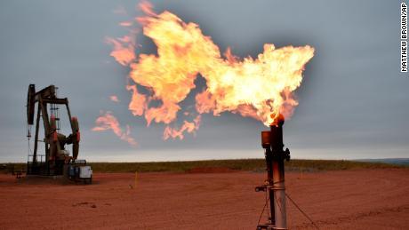 होम हीटिंग स्टिकर शॉक: प्राकृतिक गैस की लागत 180% ऊपर है