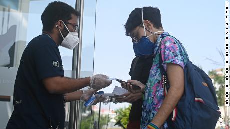 Fight erupts in Rio de Janeiro over 'divisive' vaccine passport