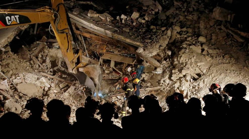 Σεισμός-Ιταλία: Φόβος για ακόμα περισσότερα θύματα (vid & pics)