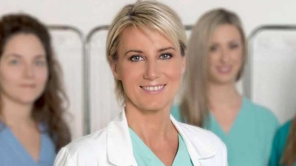 Δεύτερη στον κόσμο η Νατάσα Παζαΐτη με μια φωτογραφία κατά του καρκίνου του μαστού