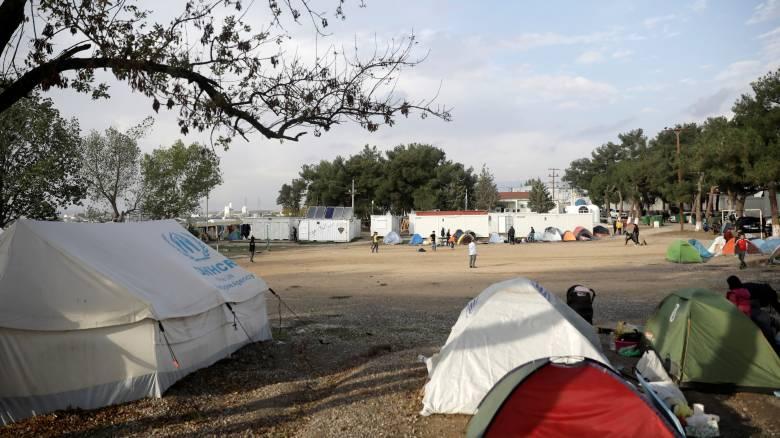 ΚΚΕ: Απαράδεκτο το «λεωφορείο μόνο για πρόσφυγες»