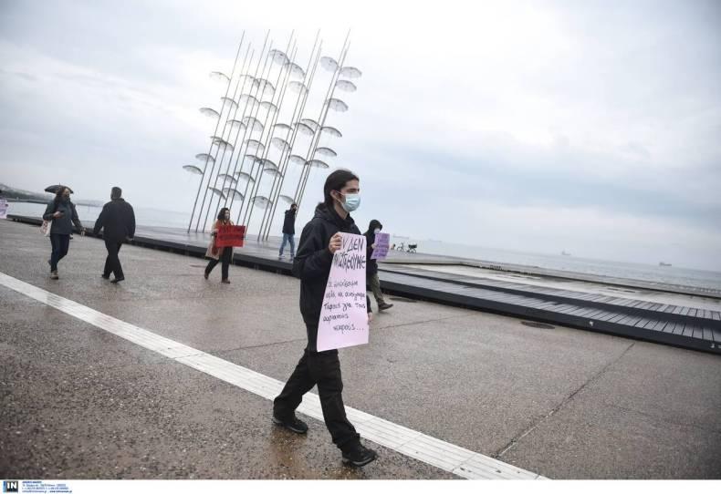 https://cdn.cnngreece.gr/media/news/2020/12/06/245814/photos/snapshot/thessaloniki-3.jpg