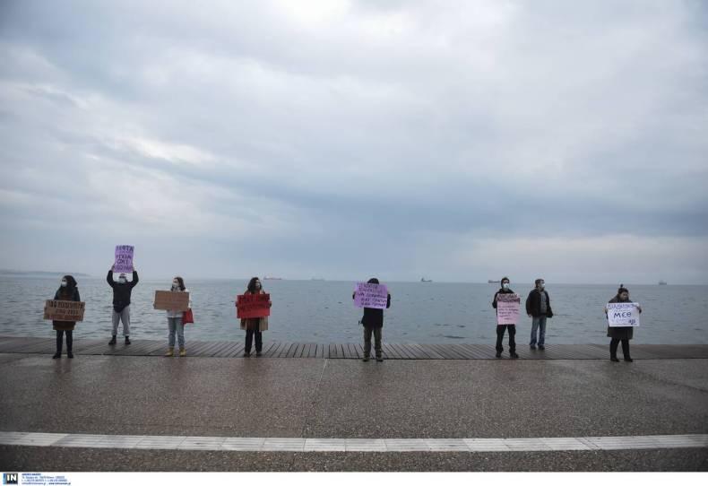 https://cdn.cnngreece.gr/media/news/2020/12/06/245814/photos/snapshot/thessaloniki-4.jpg