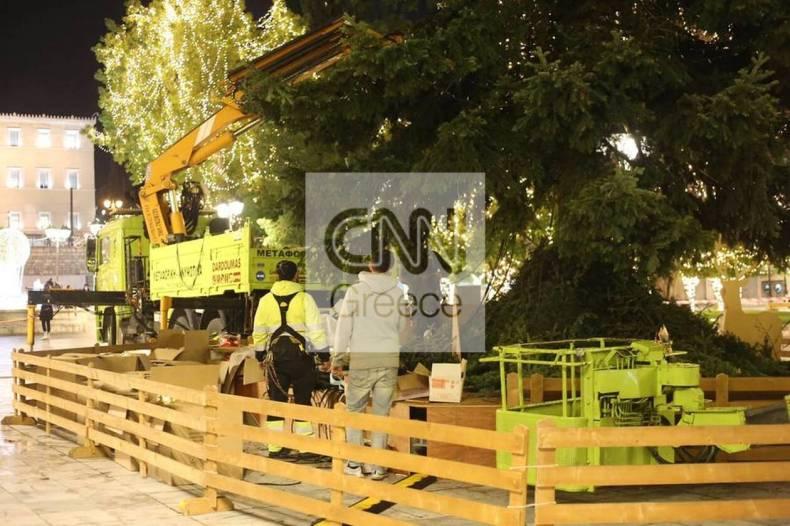 https://cdn.cnngreece.gr/media/news/2020/12/12/246633/photos/snapshot/athina-xristougenna-9.jpg