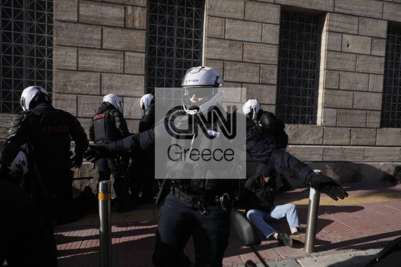 https://cdn.cnngreece.gr/media/news/2021/02/11/254122/photos/snapshot/panekpaideytiko-11.jpg