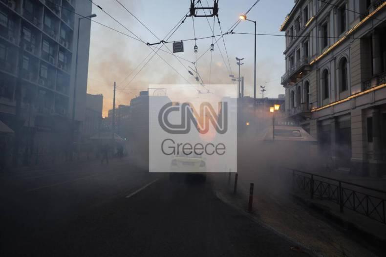 https://cdn.cnngreece.gr/media/news/2021/02/19/255206/photos/snapshot/sygkentrosi-gia-koufontina-1.jpg