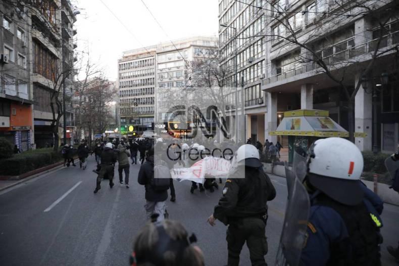 https://cdn.cnngreece.gr/media/news/2021/02/19/255206/photos/snapshot/sygkentrosi-gia-koufontina-4.jpg