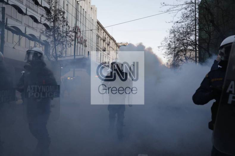 https://cdn.cnngreece.gr/media/news/2021/02/19/255206/photos/snapshot/sygkentrosi-gia-koufontina-6.jpg