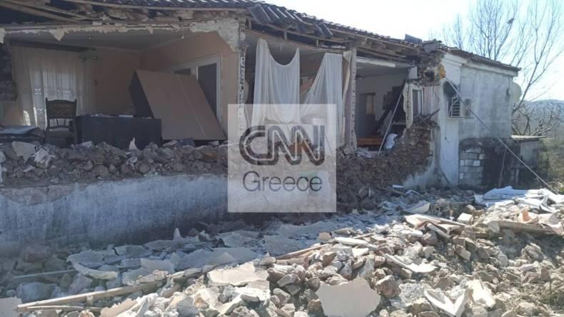 https://cdn.cnngreece.gr/media/news/2021/03/04/256835/photos/snapshot/seismos-mesochori-7.jpg