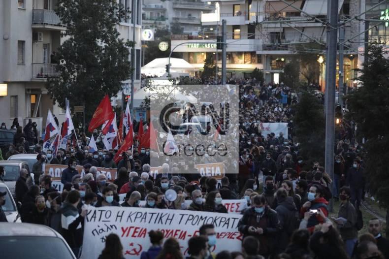 https://cdn.cnngreece.gr/media/news/2021/03/09/257552/photos/snapshot/nea-smyrni-11.jpg