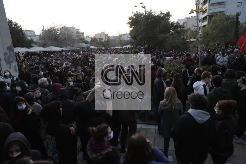 https://cdn.cnngreece.gr/media/news/2021/03/09/257580/photos/snapshot/nea-smyrni-8-1.jpg
