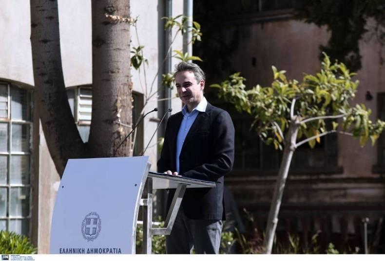 https://cdn.cnngreece.gr/media/news/2021/04/03/260678/photos/snapshot/mitsotakis-3.jpg