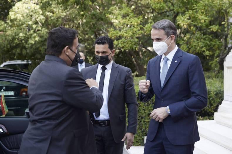 https://cdn.cnngreece.gr/media/news/2021/04/14/262063/photos/snapshot/mitsotakis-Mohamed-al-Menfi-9.jpg