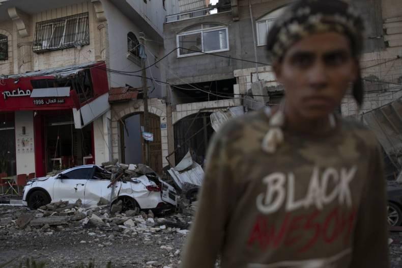 https://cdn.cnngreece.gr/media/news/2021/05/12/265622/photos/snapshot/Israel-Palestinians-3.jpg