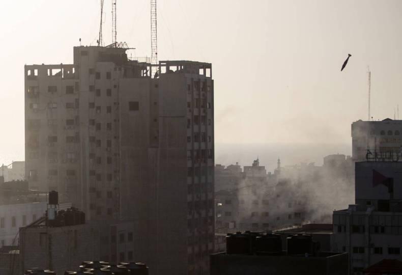 https://cdn.cnngreece.gr/media/news/2021/05/12/265622/photos/snapshot/gaza-israhl-15-23.jpg
