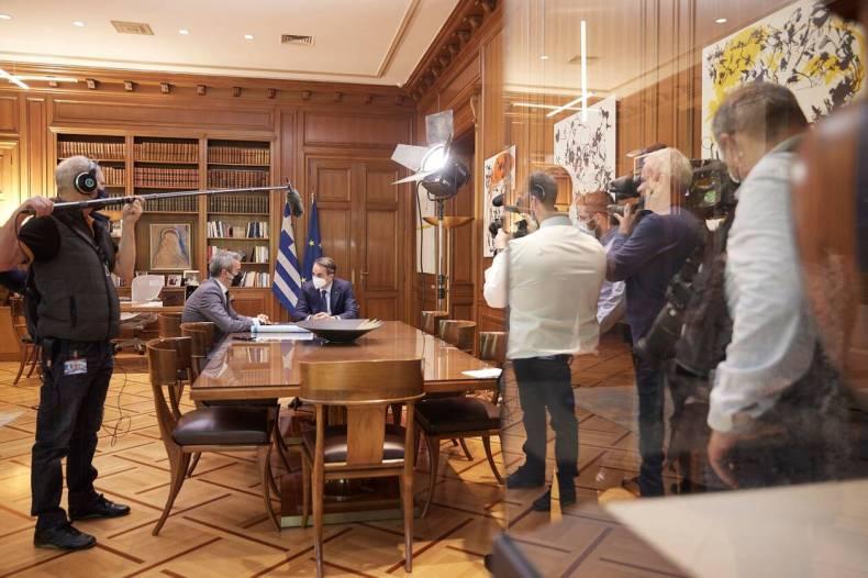 https://cdn.cnngreece.gr/media/news/2021/05/13/265734/photos/snapshot/zervas2.jpeg