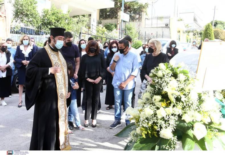 https://cdn.cnngreece.gr/media/news/2021/05/16/266089/photos/snapshot/karaivaz-3173122.jpg